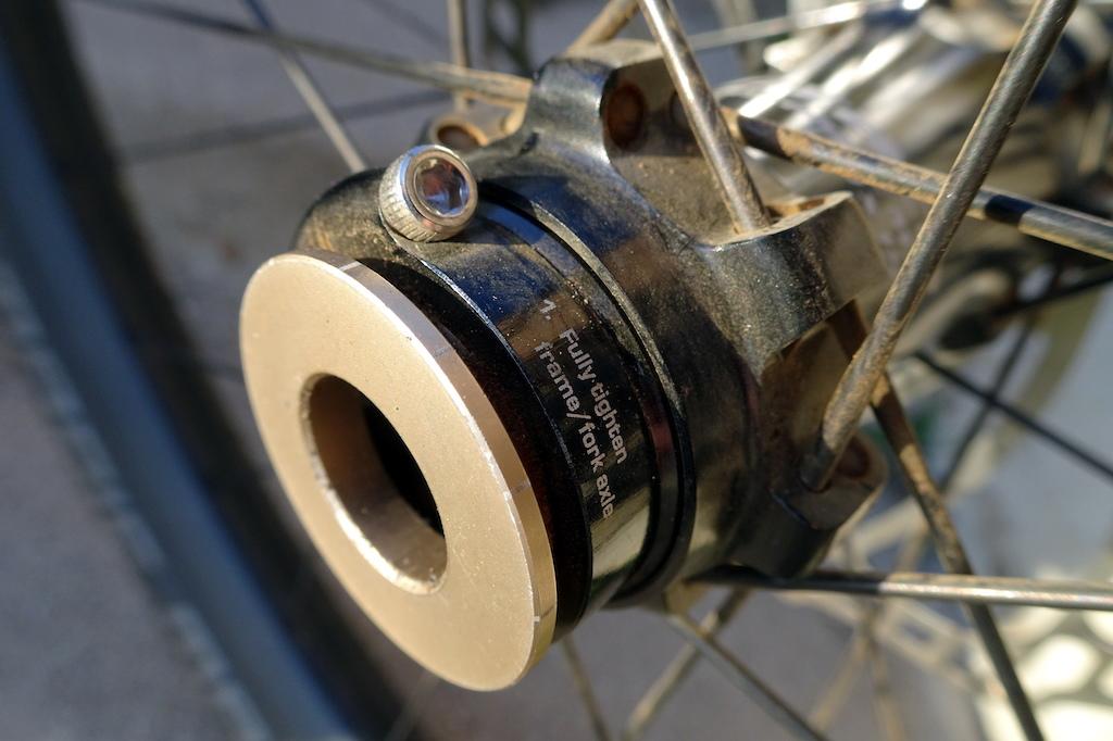 Syntace C33i Straight Carbon wheelset
