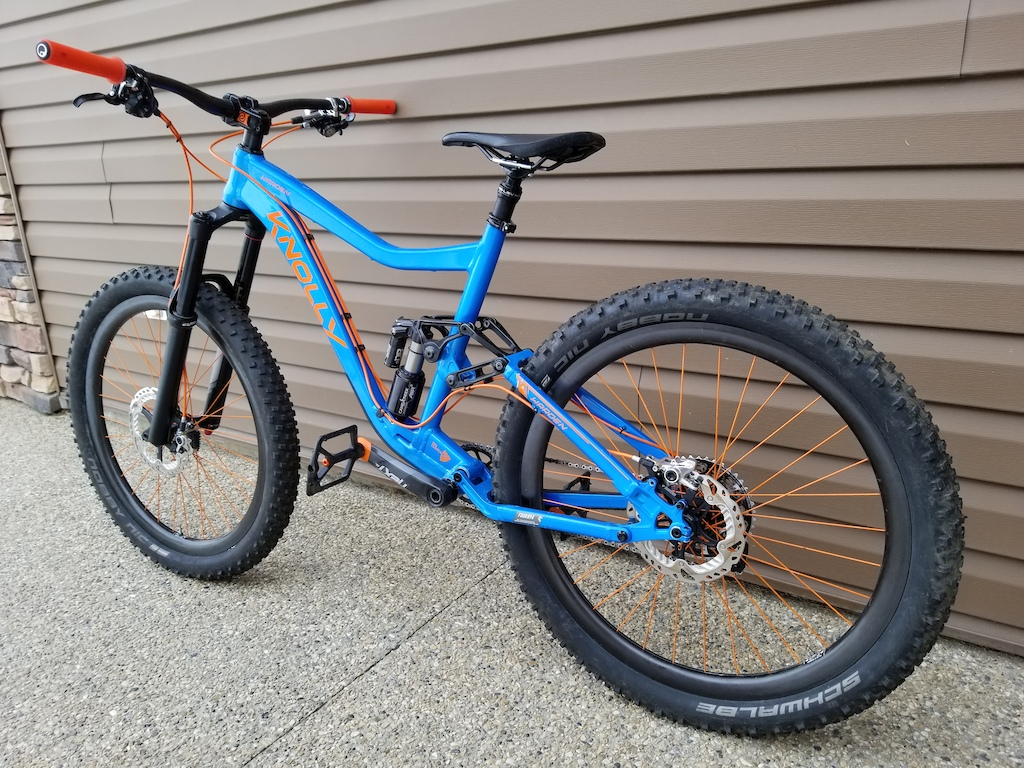 Knolly Warden with 3 inch Nobby Nic plus tires on Enve M70Thirty wheels