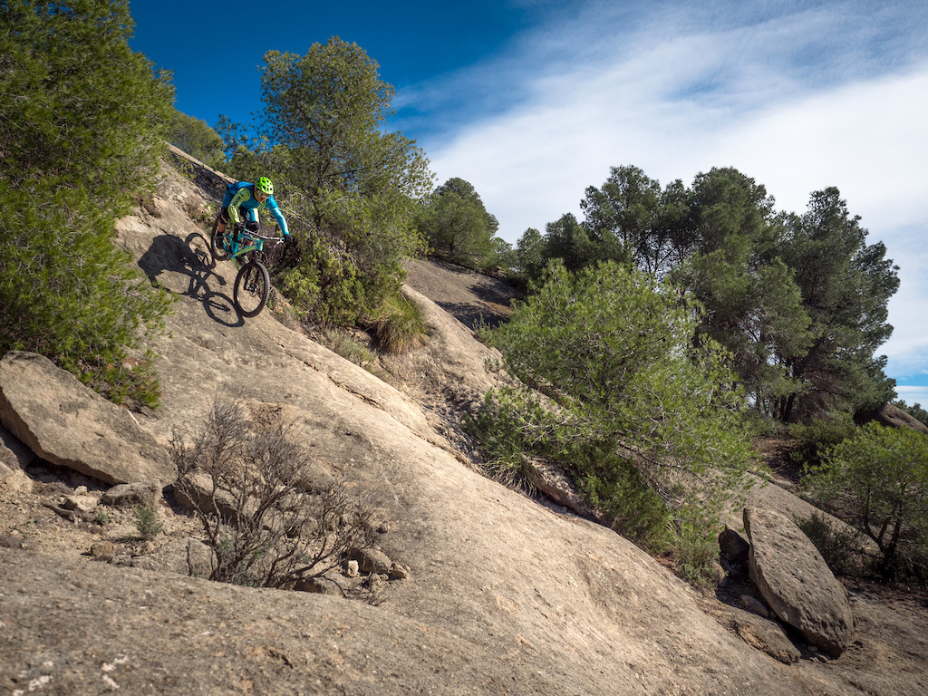 Along the main trails you can also find steep walls which will test your riding skills and self-confidence.
