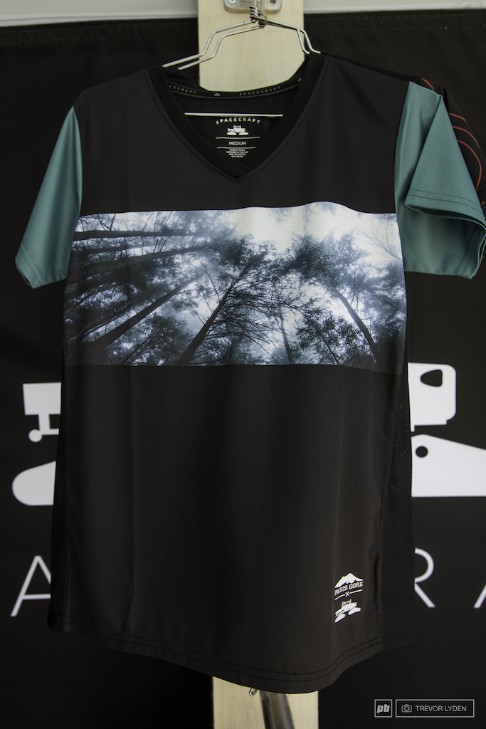 Spacecraft has been in the snow world for years and they are finally entering the word of bike The super light and ventilated jerseys feature epic Paris Gore photo prints