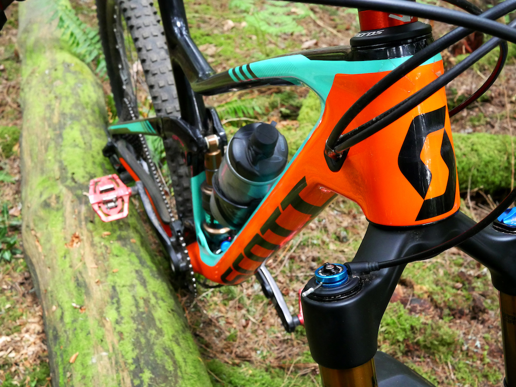 You probably won t see this combo of brands on one bike - what do you think of it
