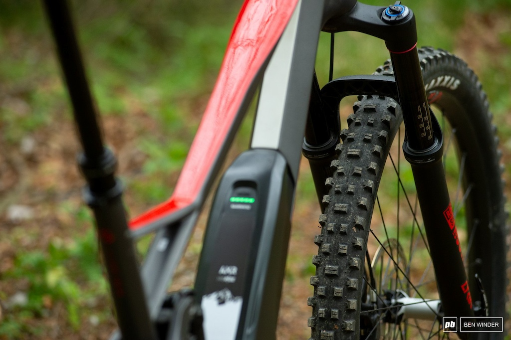 Ghost SL AMR Review - The 2.5 WT Shorty from Maxxis is an aggressive option at the front.