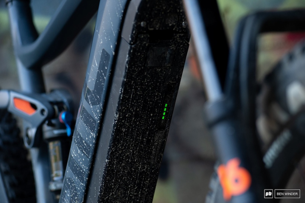 BMC TrailFox AMP Two - Shimano s integrated battery puts the on off button and the charging and locking ports directly in the line of fire.