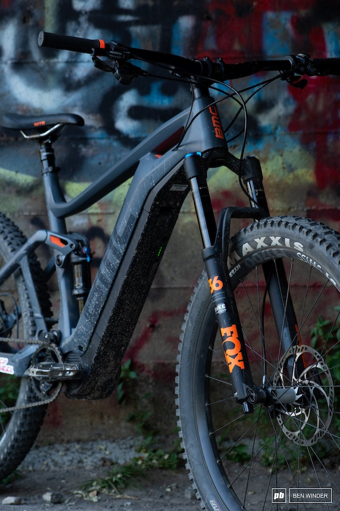 BMC TrailFox AMP Two - Headtube and Fox 36 forks