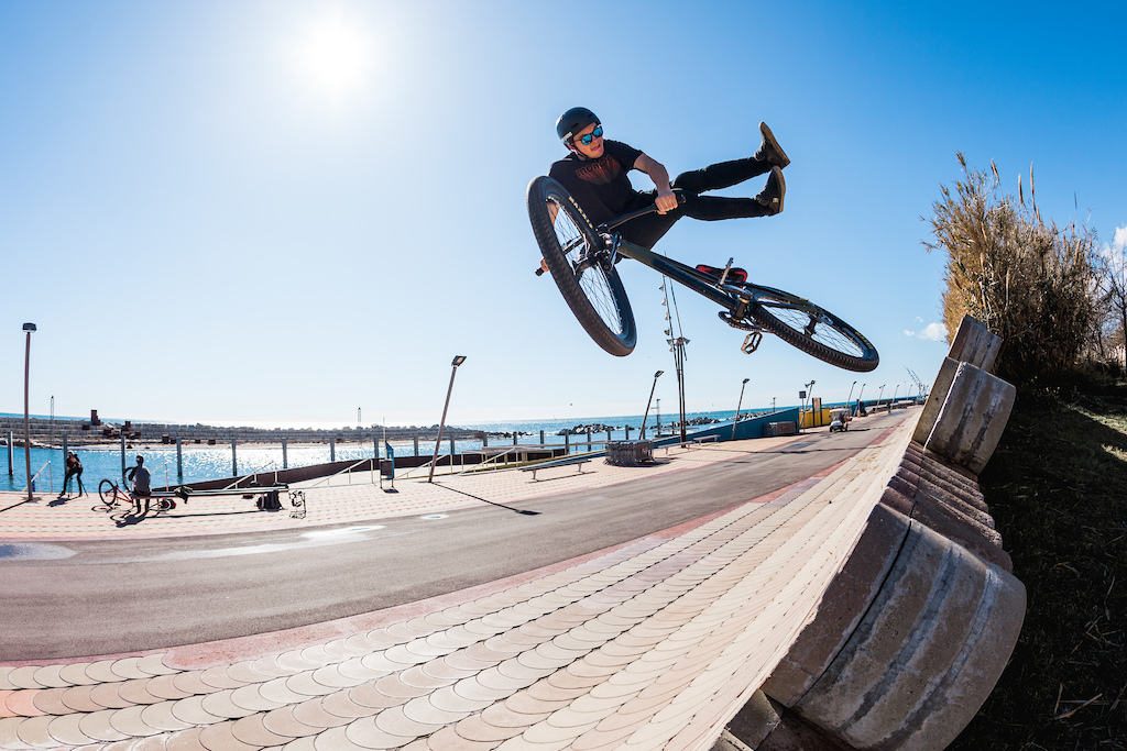 If you go to Barcelona you have to hit the famous sea walls. Brayden topside no-footed can.