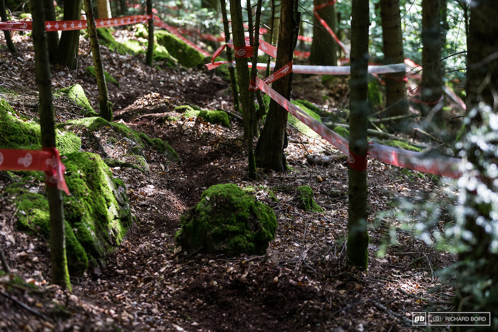 One picture to resume the race week-end loam foam rocks and steepness. Welcome to Raon L tape