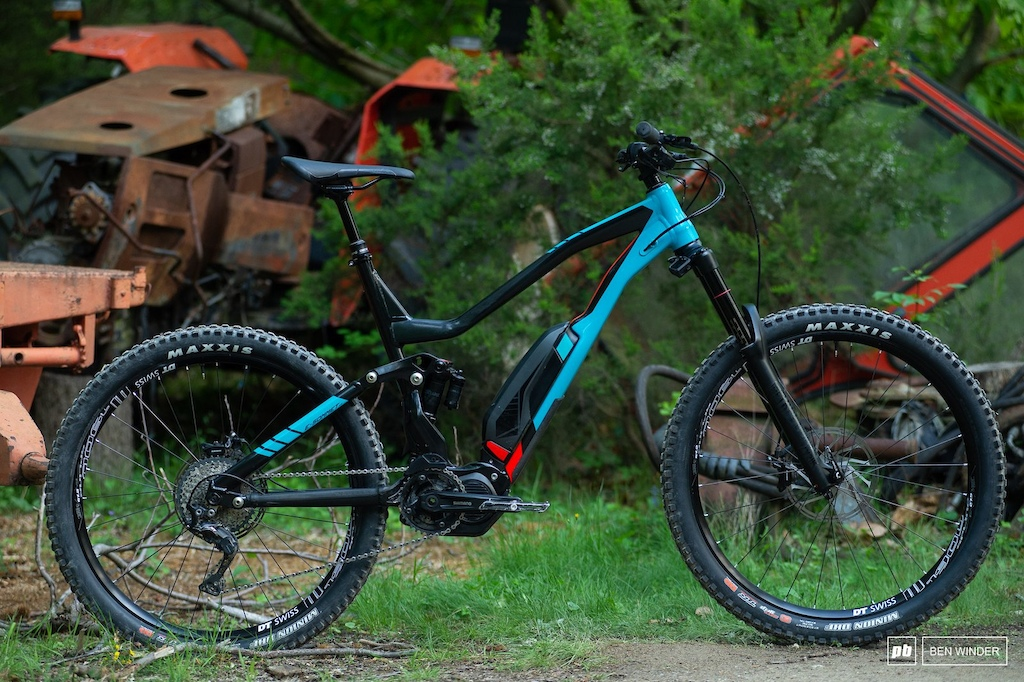 Review: 700 Kilometers of Monster-Trucking the Specialized Turbo