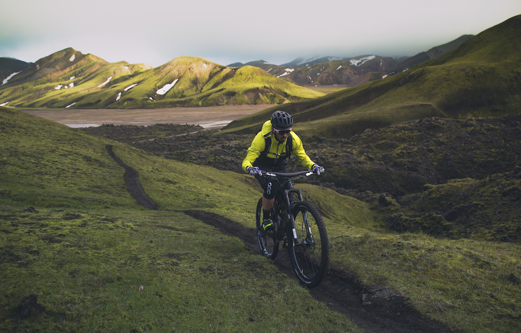testing the K stor handlebar in Iceland