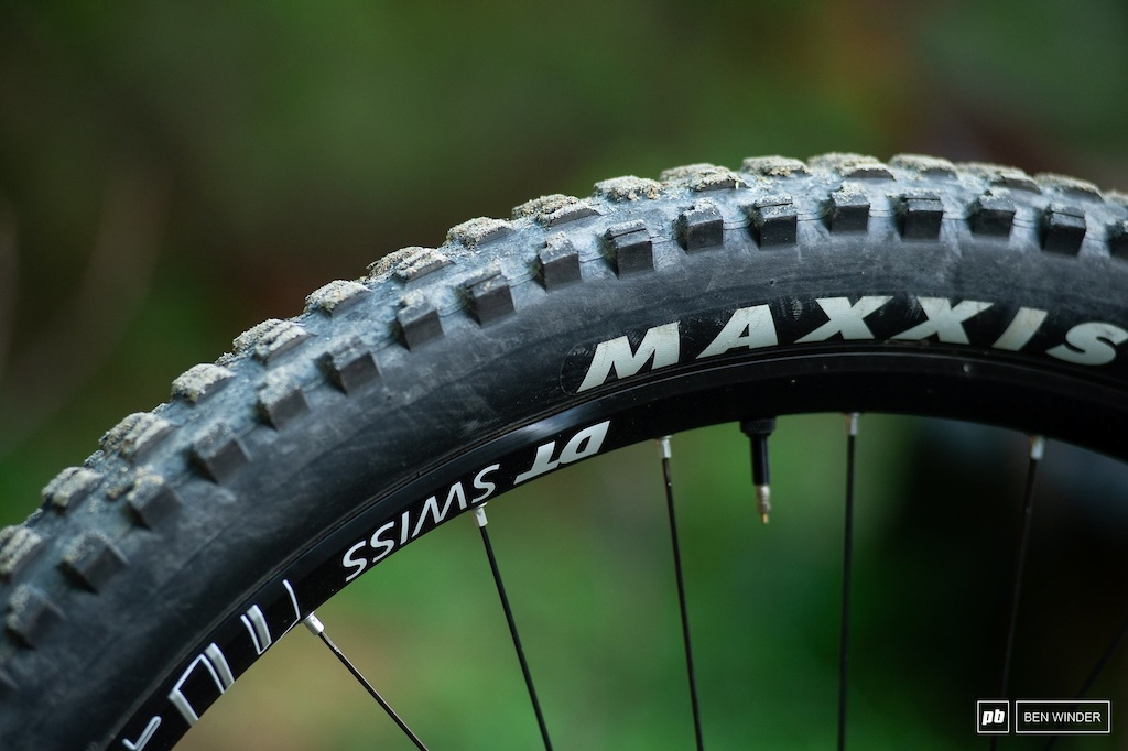The DT Swiss M1900 wheelset took plenty of big hits but were unscathed bar a few dings.
