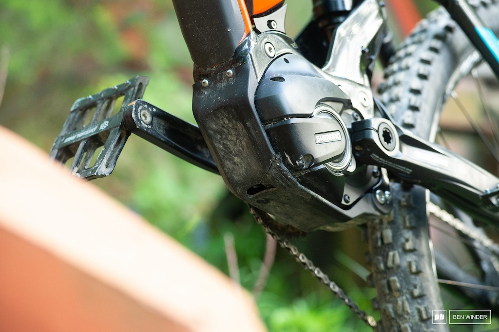 The Shimano motor is protected by a bashguard which took the brunt of a few impacts.