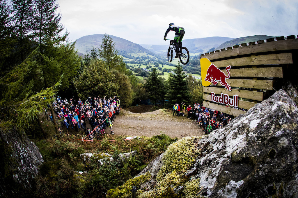Craig Evans performs at Red Bull Hardline in Wales UK on September 24 2017 Sven Martin Red Bull Content Pool AP-1TB3545GH2111 Usage for editorial use only Please go to www.redbullcontentpool.com for further information.