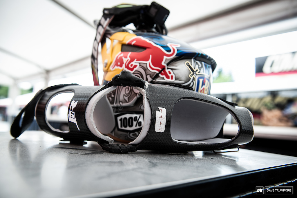 Loic Bruni has a custom elbow brace made of carbon fiber to add a little stability after his injury in Croatia at the opening round.