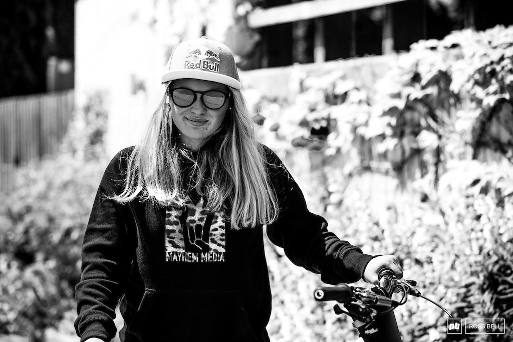 Vali Holl Bike Check