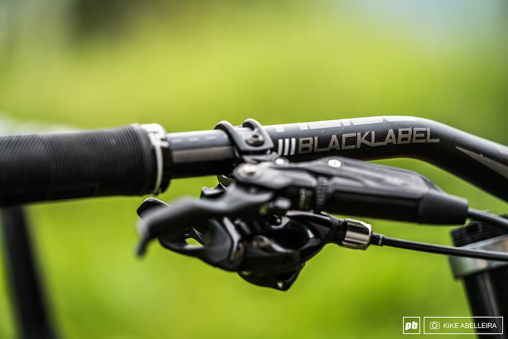 Norco Aurum HSP Review - Deity Blacklabel handlebar
