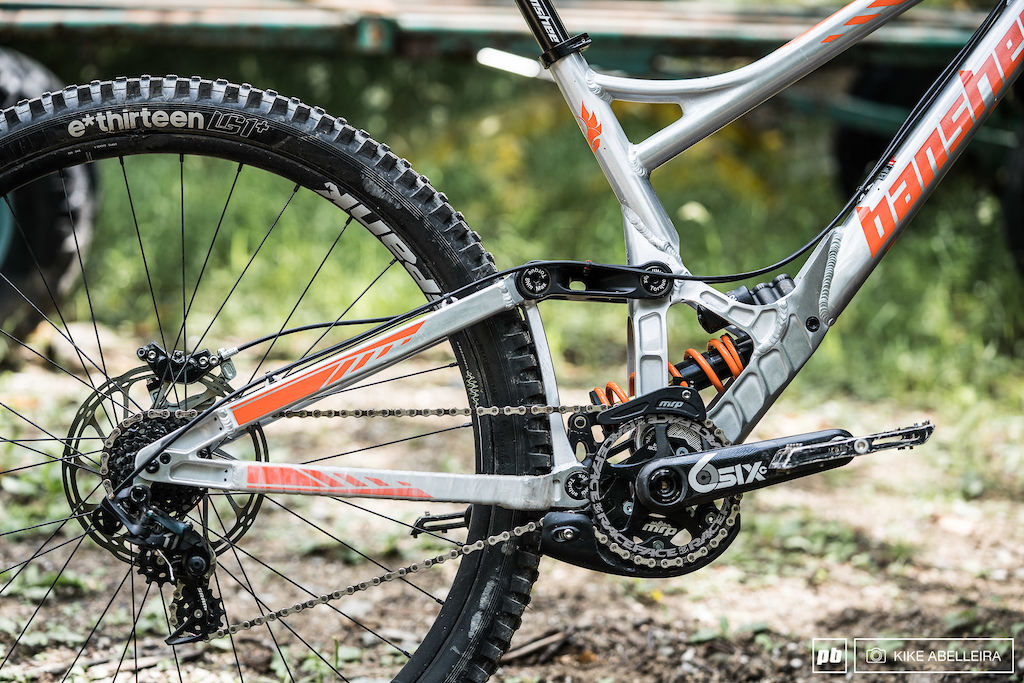 Banshee Legend 29 Review - driveside swingarm