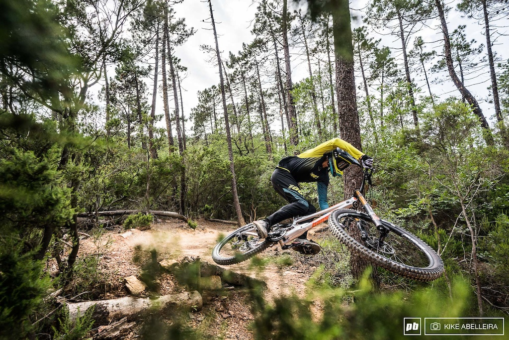 Banshee Legend 29 Review - riding