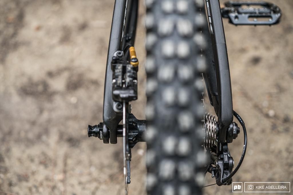 Trek Session 9.9 Review - rear hub spacing