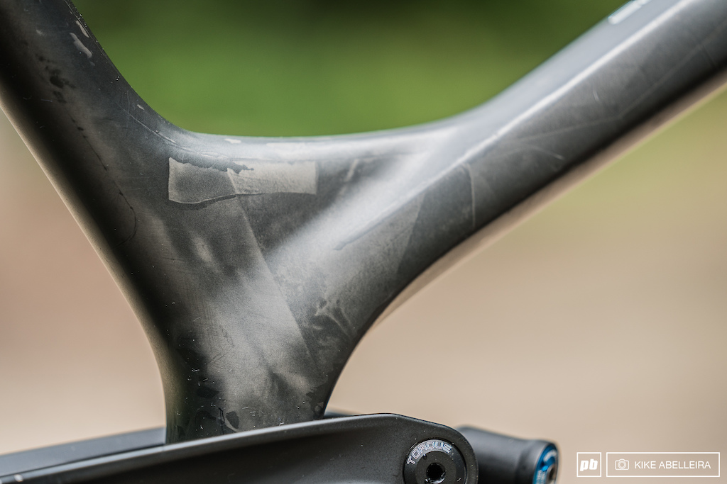 Trek Session 9.9 Review - raw carbon finish