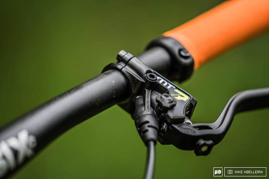 Cube Stereo DH 29 Review - MT7 levers