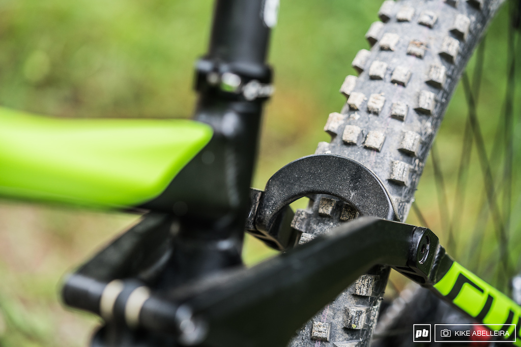 Cube Stereo DH 29 Review - seatstay brace