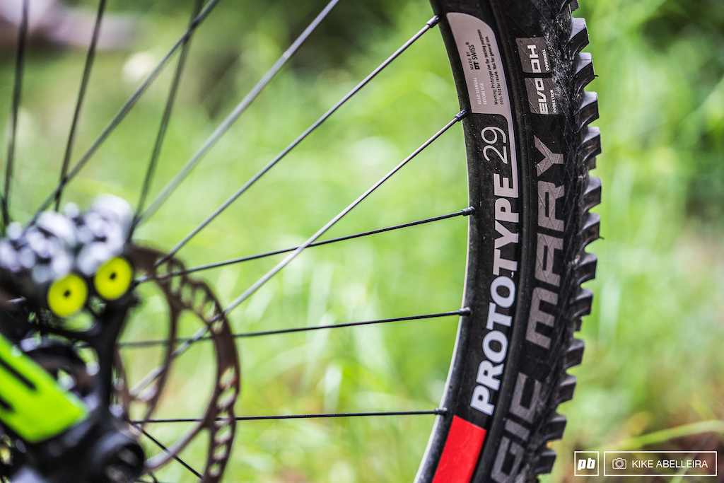 Cube Stereo DH 29 Review - prototype DT Swiss rims