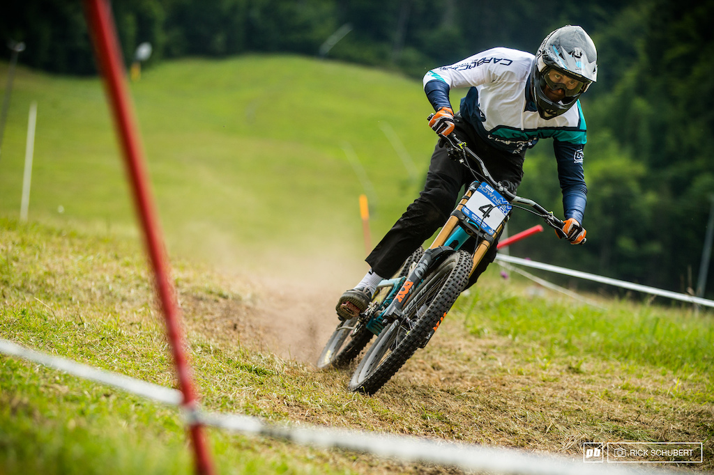 Patience, great riding and pure competitiveness by Joshua Barth who won his first elite race