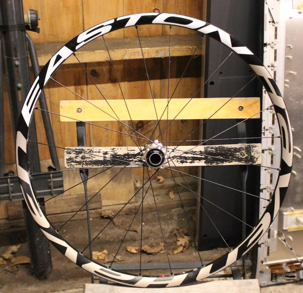 0 -2316- Easton Haven Front Wheel 26