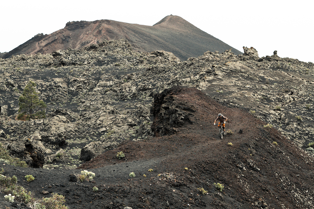 High up on the highest mountain of La Palma. The Rogue de los Muchachos