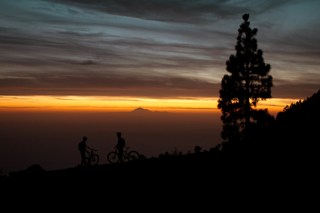Sunrise on the top of La Palma with the few to Teide the biggest Mountain of Spain on the neighbouring island Teneriffe