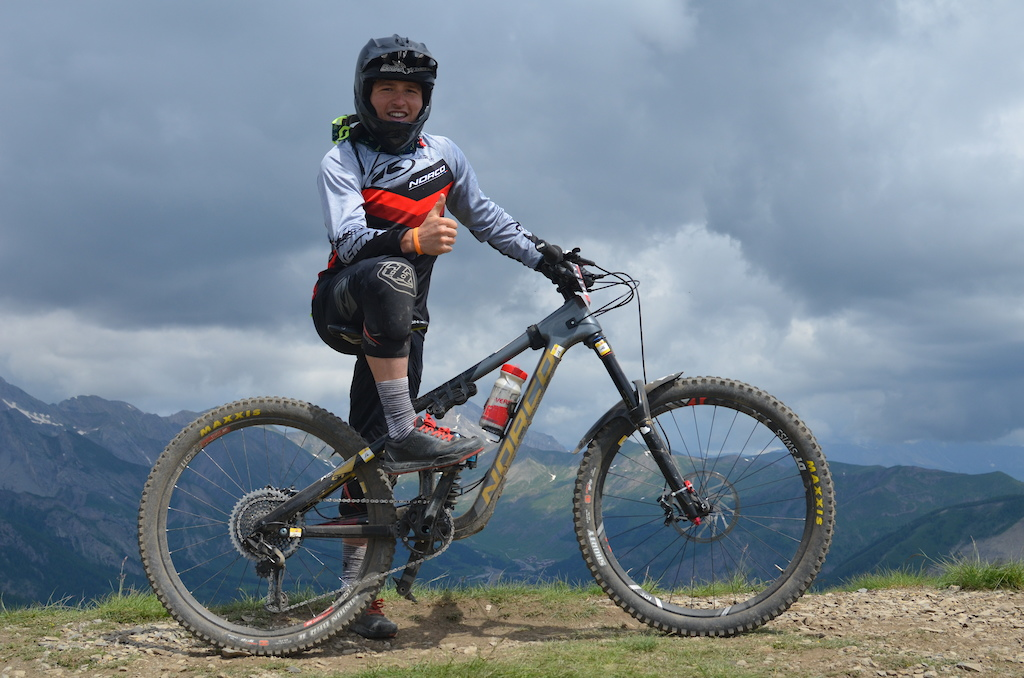Valentin Escriou came 6th on the overall he likes to keep thing tied up on his Norco