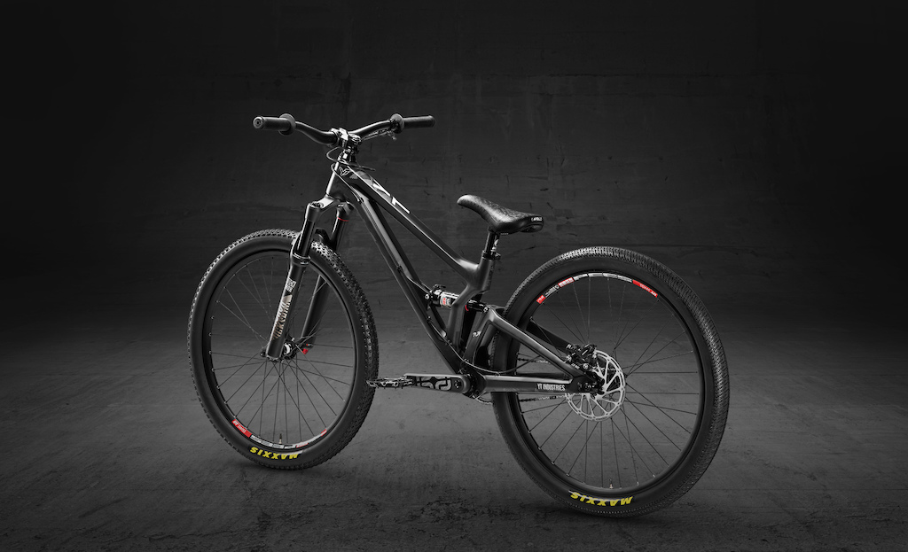 YT Industries PLAY Heritage Edition