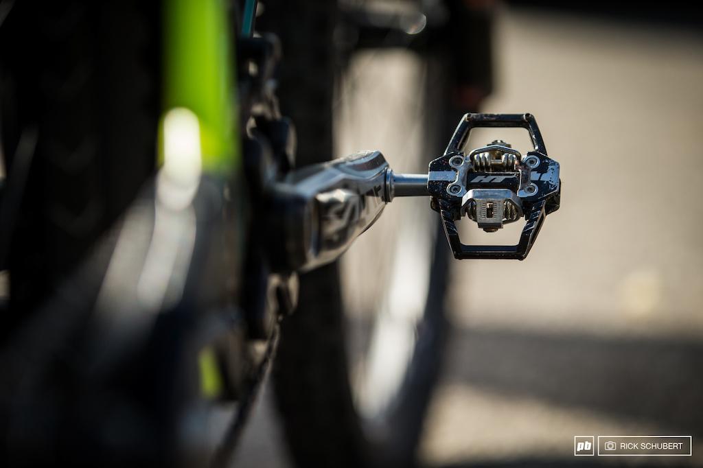 HT T1-SX clipless pedals