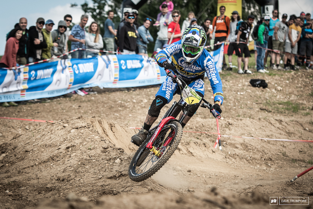Charging hard all the way to the finish of a 13 minute final stage Sam hill put it all on the line to take his 3rd EWS win of the season.