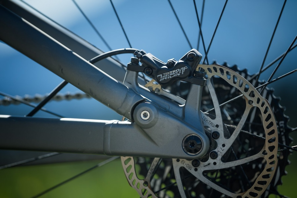 First Look Marin Alpine Trail - Tektro brakes