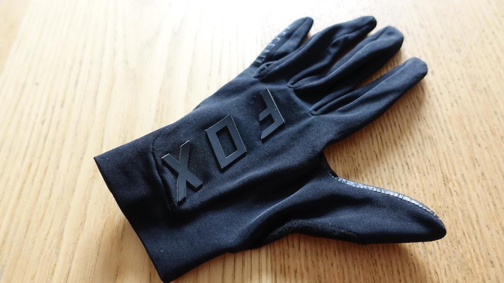Fox Ascent Gloves. Photo Alex Evans