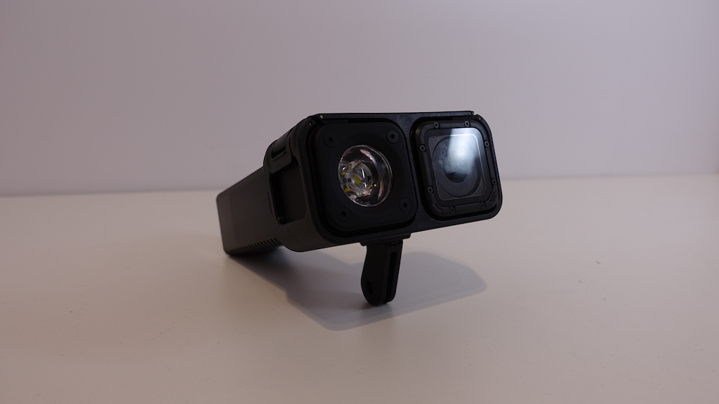 The CubiCubi Series is a modular light that s based around GoPro s Session model.