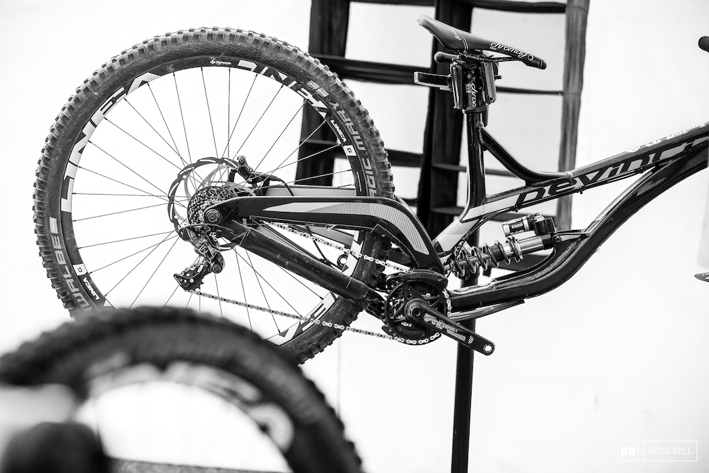 AB Devinci s Wilson equipped with an Extreme Racing Shock coil.