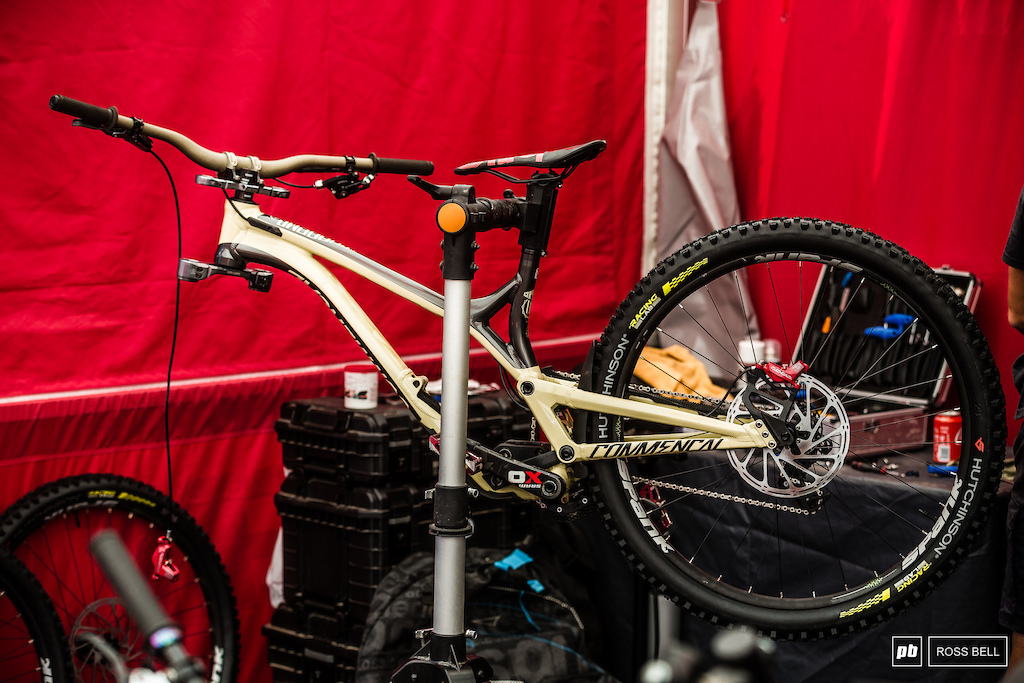 Cecile Ravanel is back racing downhill this weekend and looks to be on 29 wheels.
