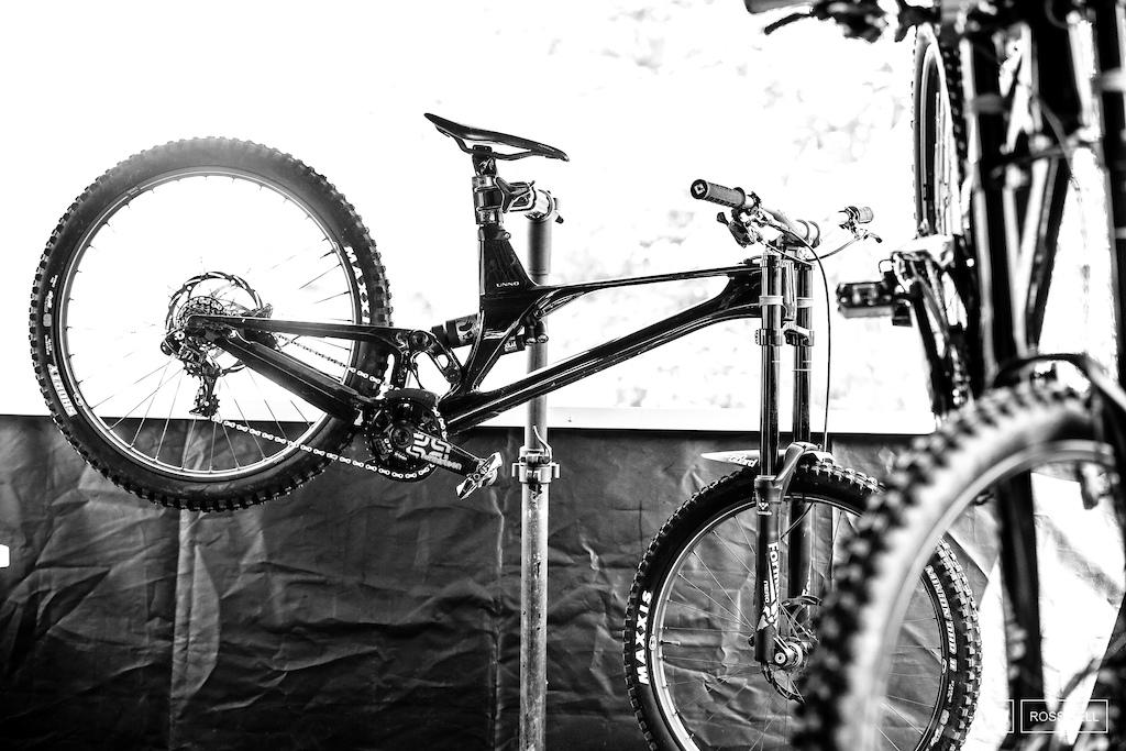 The stunning UNNO team bikes.
