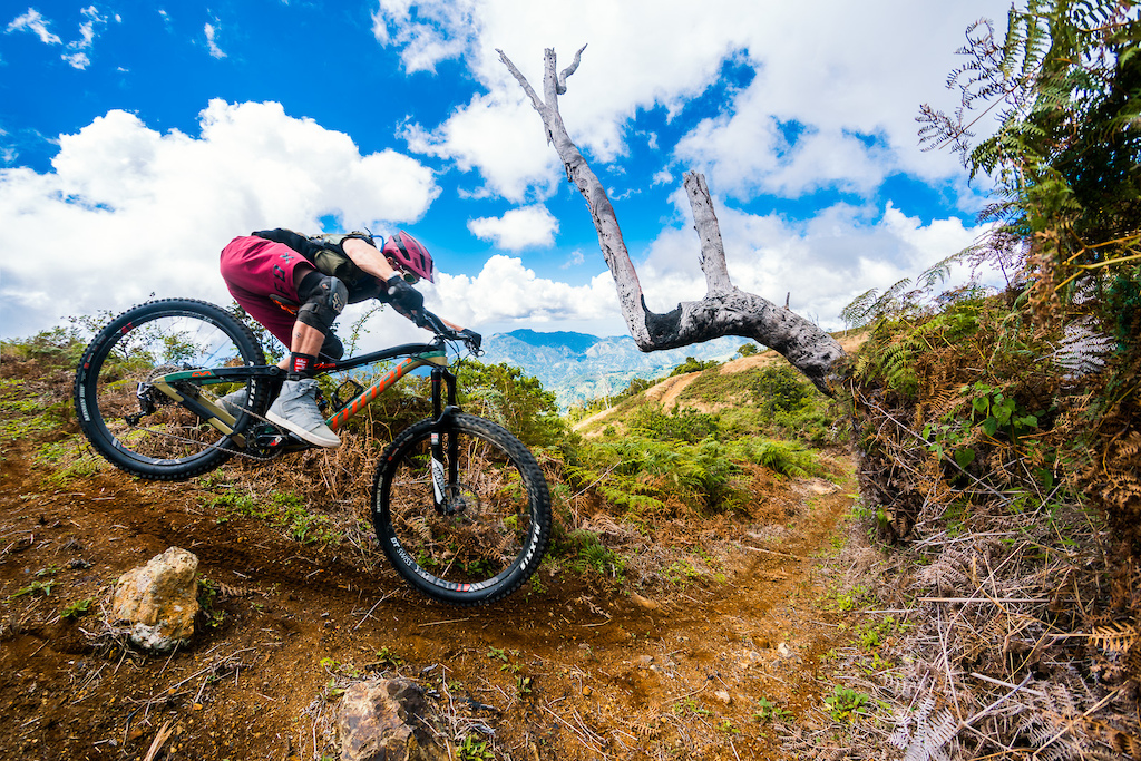 Kirt Voreis rides his Niner RIP 9 RDO mountain bike in the Blue Mountains of Jamaica.