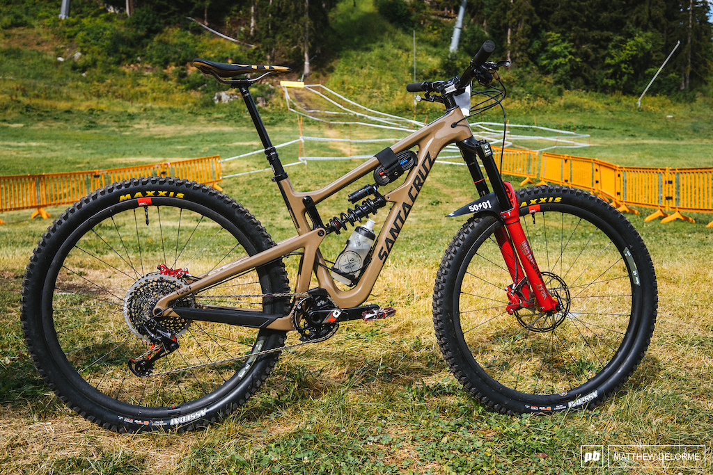 Tech from the La Thuile EWS pits