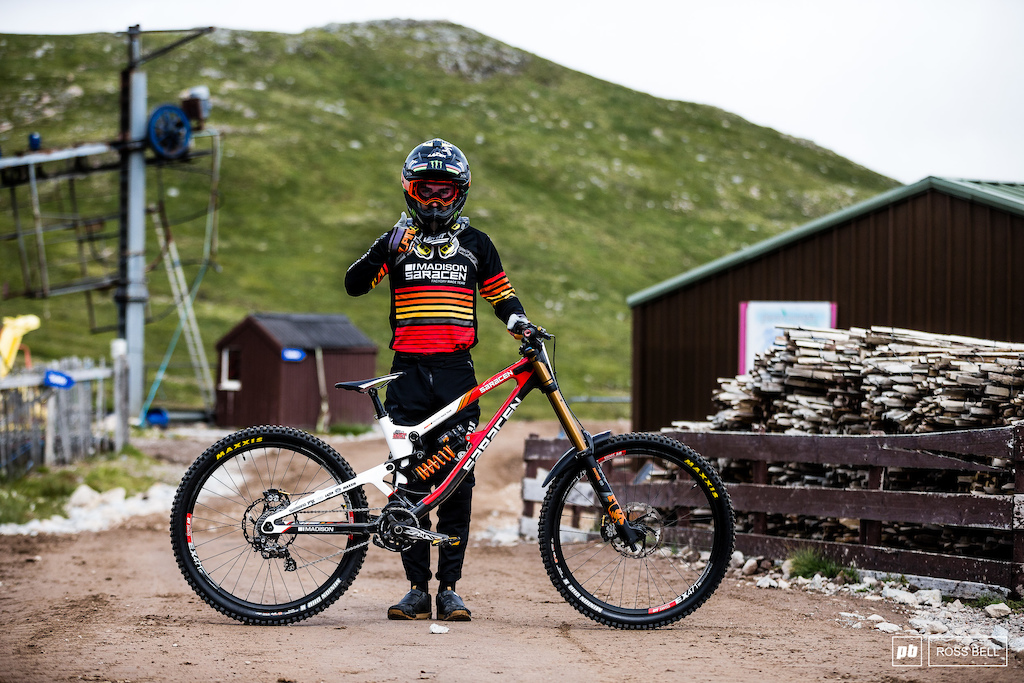 Danny Hart and his Saracen Myst 27.5.