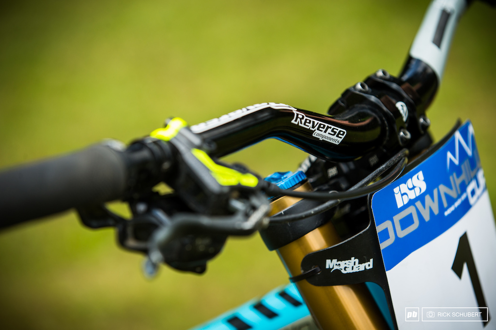 Reverse is one of the majoy sponsors of the team and provides parts like stem bar saddle and seatpost