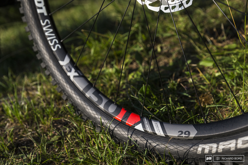 You re right these are the DT Swiss EX 1501 Spline 29 wheels.
