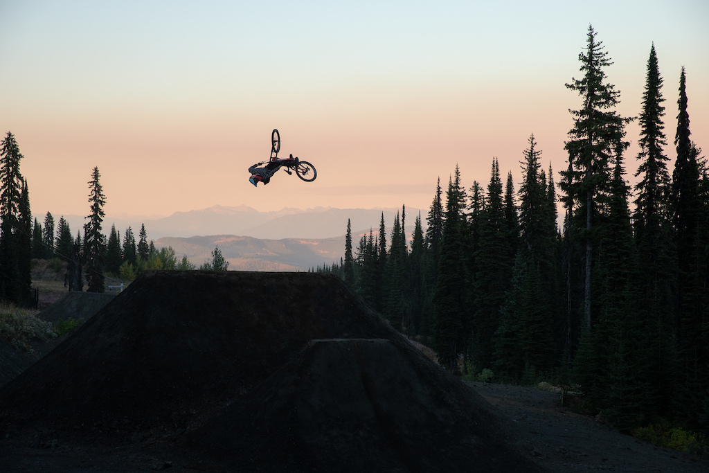 Beautiful Idiot - Brett Rheeder - Robb Thompson Photo