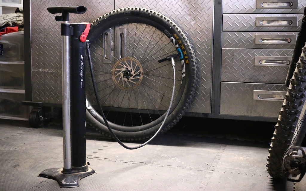 Bontrager TLR Flash Charger pump