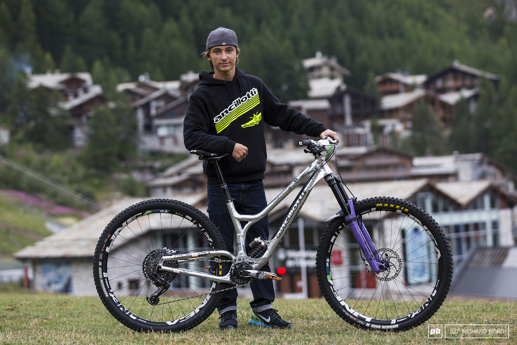 Andrea Garella and his Ancillotti Scarab Evo 29.