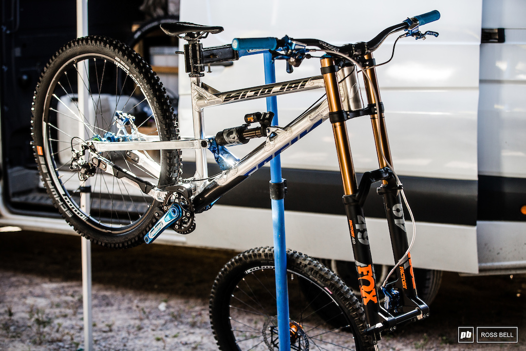 Jack Reading was building up a prototype Nicolai 29er in the pits this afternoon.