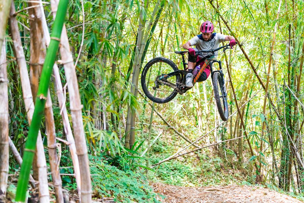 Kirt Voreis rides his Niner RIP 9 RDO mountain bike in the Blue Mountains of Jamaica.