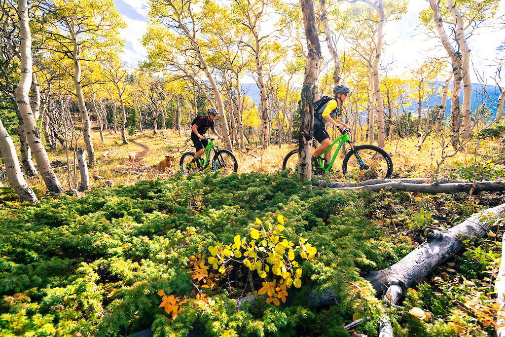 Jen Crew and Brad Cole riding near Pennock Pass in perfect fall weather. While the riding in Fort Collins itself is a little bit limited there is a lot of amazing trail within an hour or two.